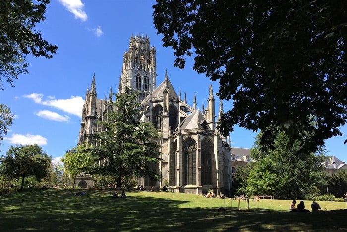 Gardens of Saint Ouen Abbey Church and town hall