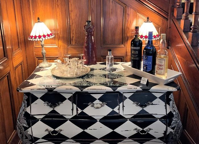 Greycroft complimentary drinks table